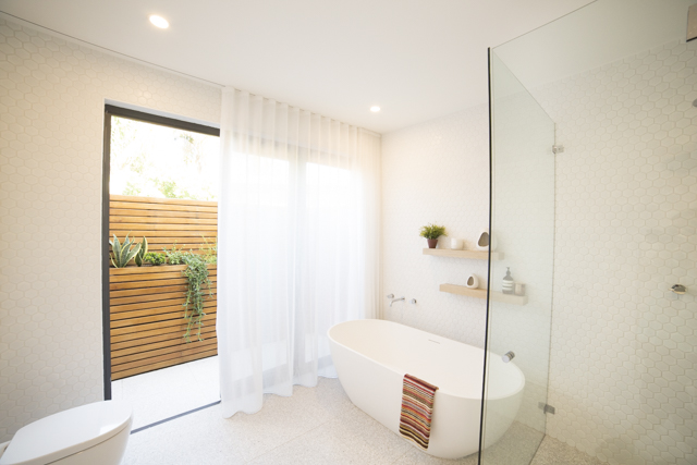 Bondi 4 bed bathroom