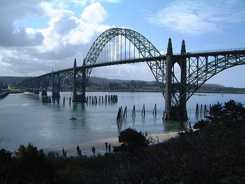 newport-bridge-in-oregon-1455751.jpg