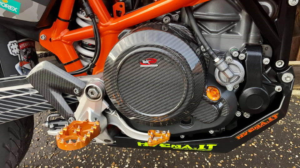 Carbon KTM 690 Clutch Cover (Tekmo Racing)