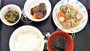 12月の行事食(冬至・クリスマス・年越しそば)