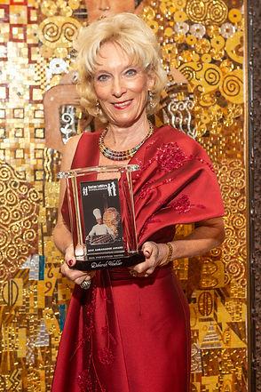 29 Debbie Woehler with her Ambassador Award