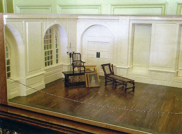 Sculpture, miniature, model, scale, museum