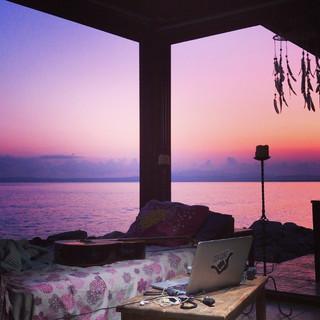 sun rise heavensurfhouse
