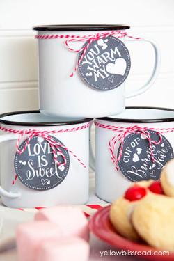 hot chocolate bar for Winter wedding