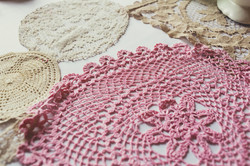 doily table runners to hire
