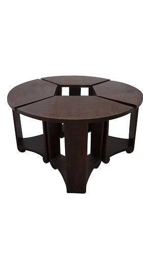 Table gigogne moderniste