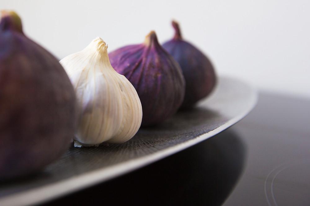 Valkosipuli alentaa sydänsairauksien riskiä.