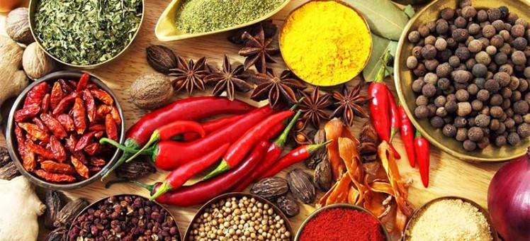 Red collies, coriander seeds, star ani seeds, cloves,