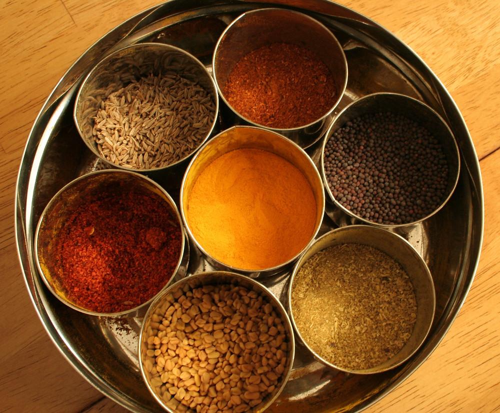 Kerala SPICES-turmeric, cumin, cumin, mustard, fenugreek, red chilly