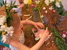 kids flower arrangemt class.jpg