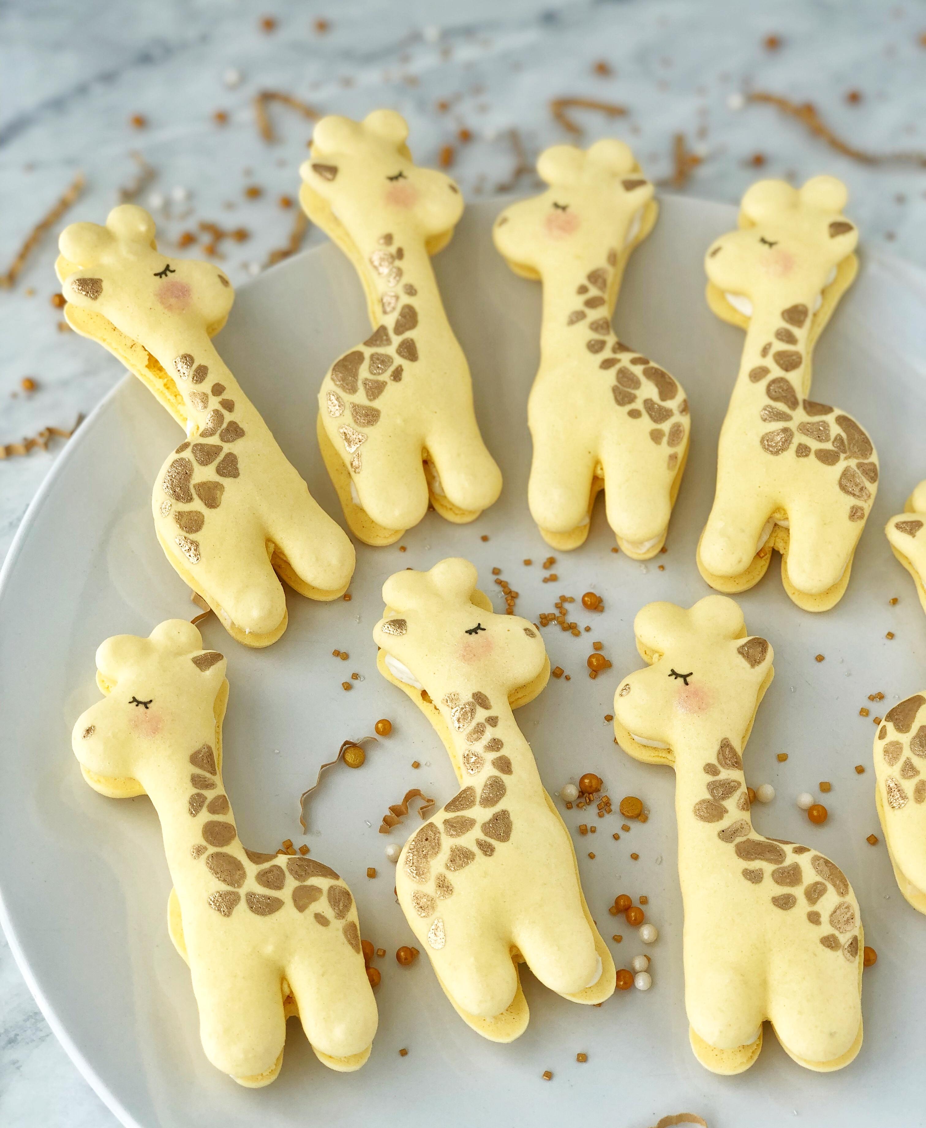 Giraffe Macaron