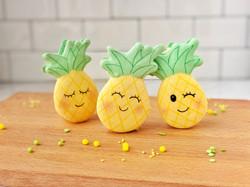 Pineapple Macaron