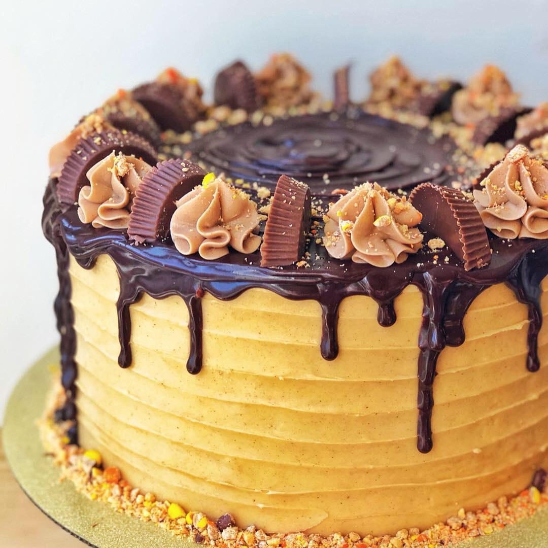 Reese's Drippy Cake