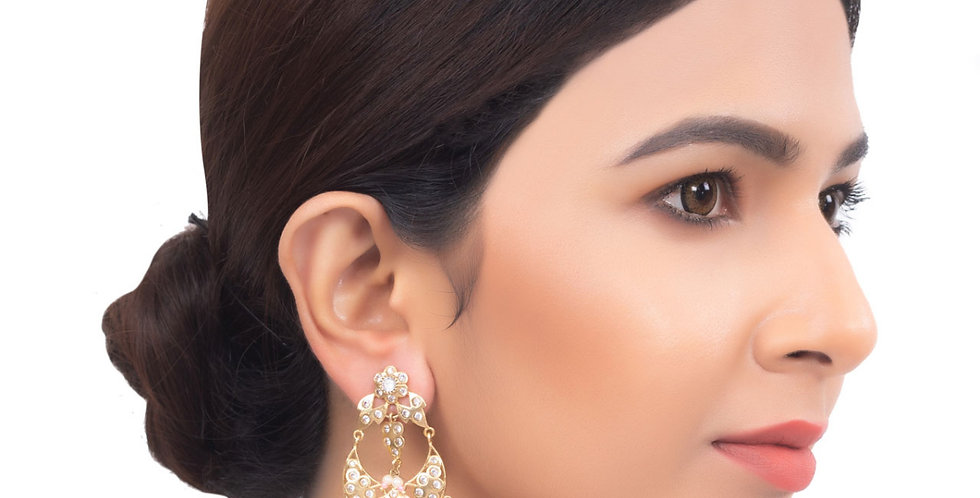 Golden Gleaming Chandbali Earrings