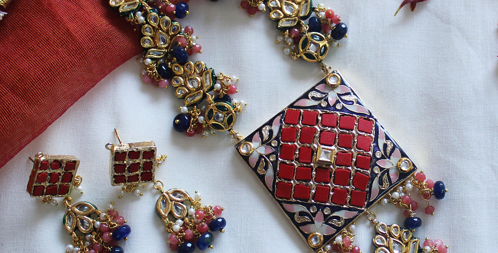 Royal Blue and Red Classy Chid pearl beads Necklace