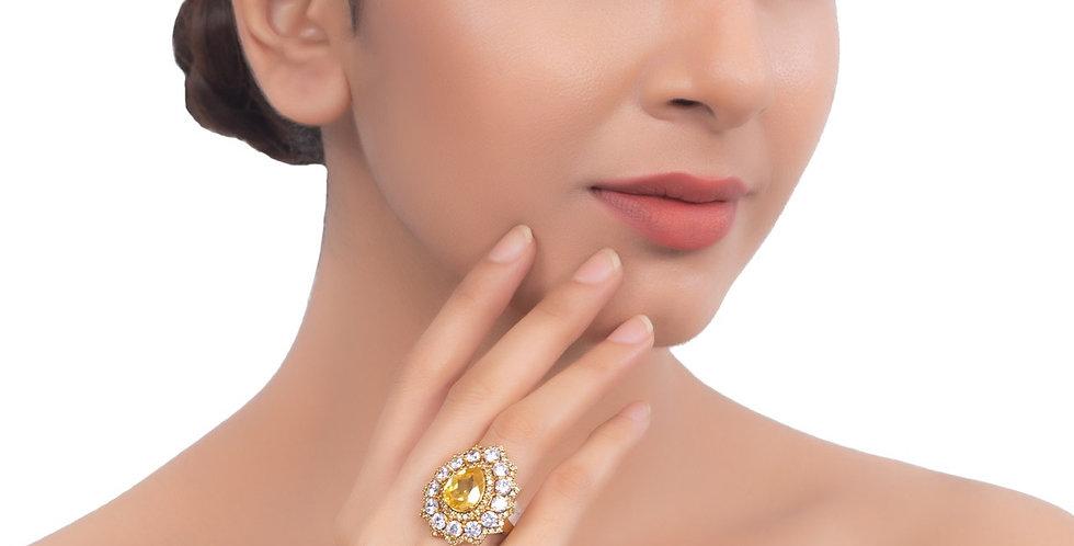 Topaz golden Ring