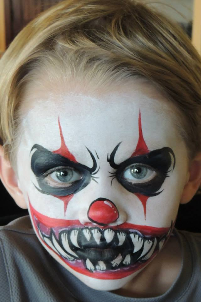 Creepy Clown Halloween Makeup