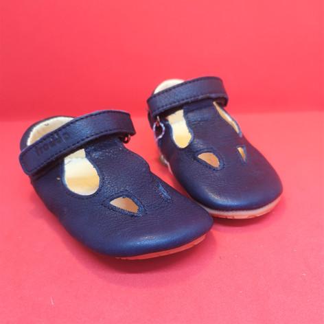Froddo t-bar prewalker shoes
