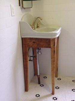 Custom Sink Base