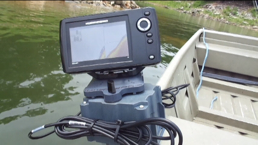 5ah Magnetic Boat Mount on Jon Boat