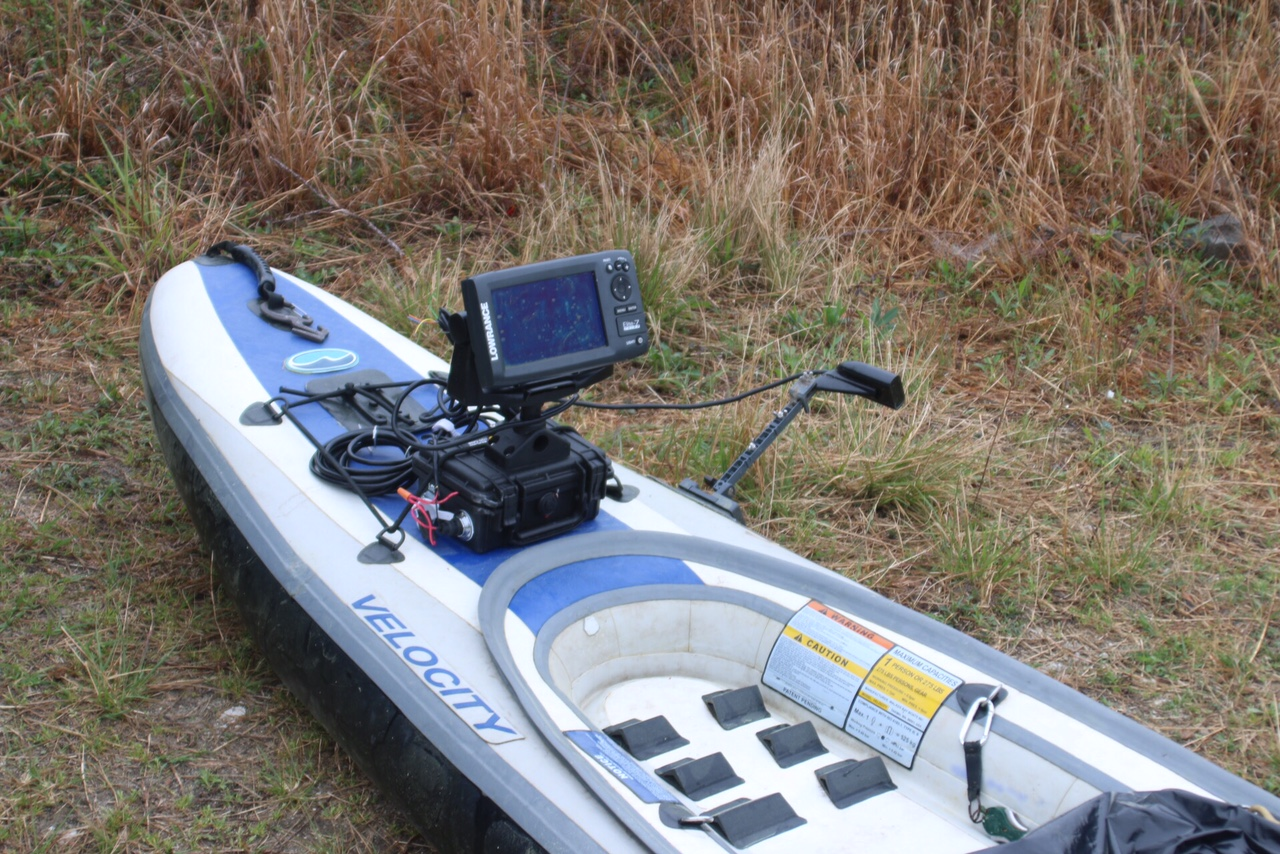 Velocity kayak transducer mount
