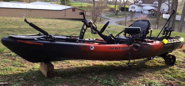 Native kayak with fish finder
