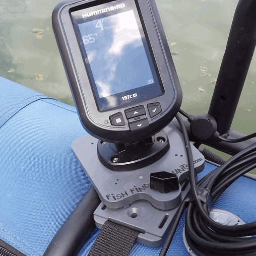 Humminbird PiranhaMax on Pontoon