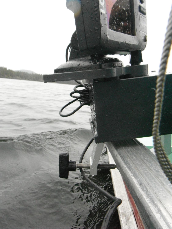 Elite 5x sonar unit on Lund Boat