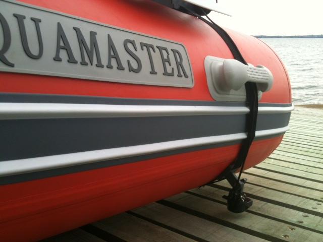 AquaMaster Zodiac boat.JPG