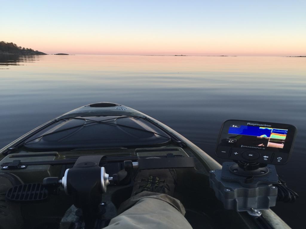 kayak&tube001.jpg