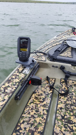 Predator kayak fishfinder install