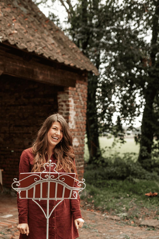 Hochzeitsrednerin Luisa aus Osnabrück un