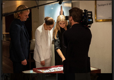 Nina together with Crown Princess Victoria when showing her the Exhibit Bergman Moods at the Royal Dramtic Theatre 2018