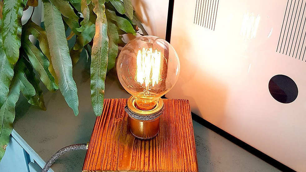 woodenchock-Lampe gold