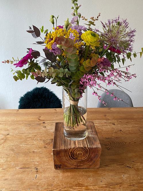 riesen Chock mit Vase