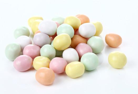 彩色脆皮牛奶糖