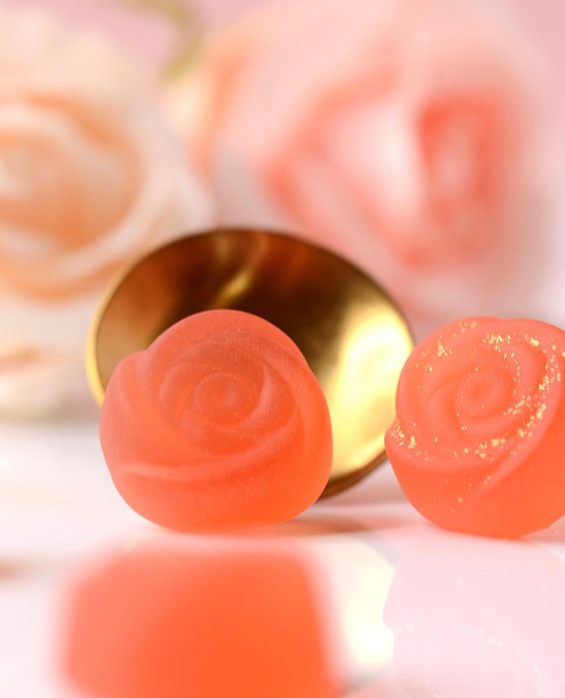 玫 瑰 造 型 Q Q