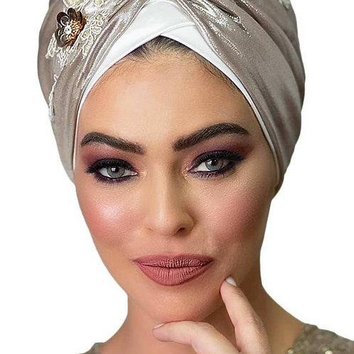 Yeela Prettied White Hat with Beige Headband