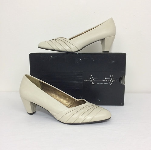 SOFT STYLE High Heel - Size 8M