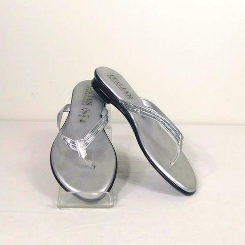d5a8b65f5409 ITALIAN SHOEMAKERS Thong Sandal - Size 8.5
