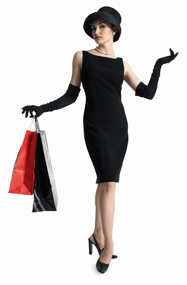 personal stylist, personal shopper , image consultant,save money on clothes, woman , black dress, shopping bags, black hat