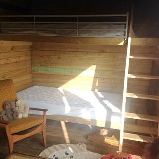 Cabin 02.jpg
