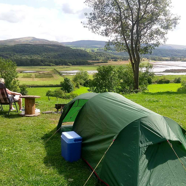 Tent 03.jpg