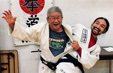 Maeda style jiu jitsu, MMA, Self-defense, Jukkendo Program offered to beginners, intemediate and advanced students of all ages and levels.