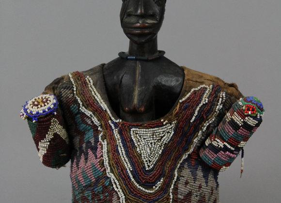 (Single) Ibejii Figure with Beadwork Coat