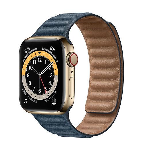 Apple Watch Series 6 cassa acciaio inossidabile color oro, cinturino in pelle