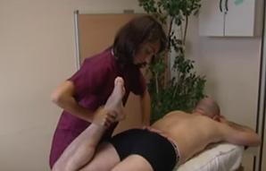 Ostéopathe paris 10 traitement étirement de la cuisse
