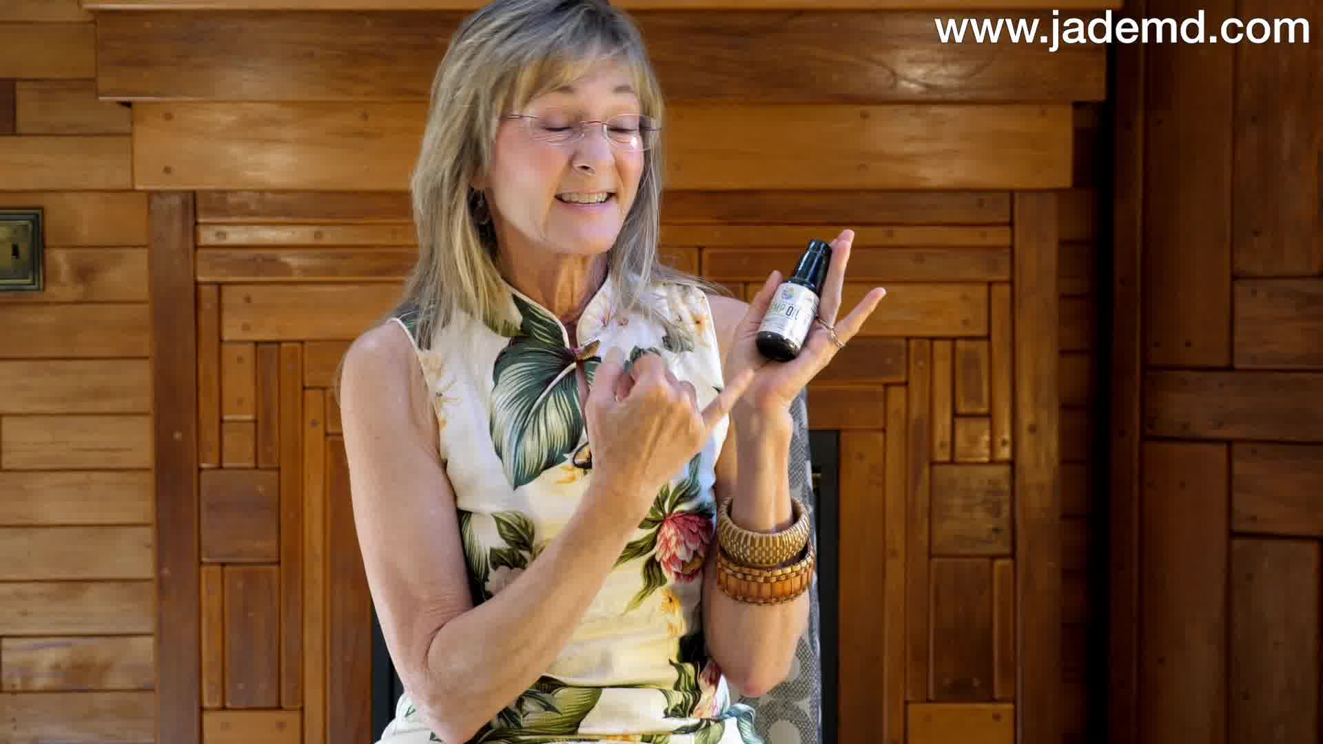 Dr Jade MD Explains Endocannabinoid System, PMD Hemp Oil and YOU.