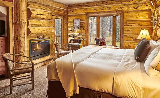 Cabin (1).jpg