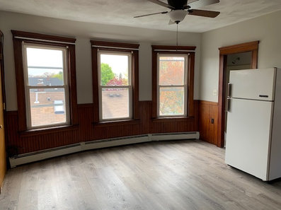 1 bed, 1 bath unit for rent in Pawtucket, RI, $900/month